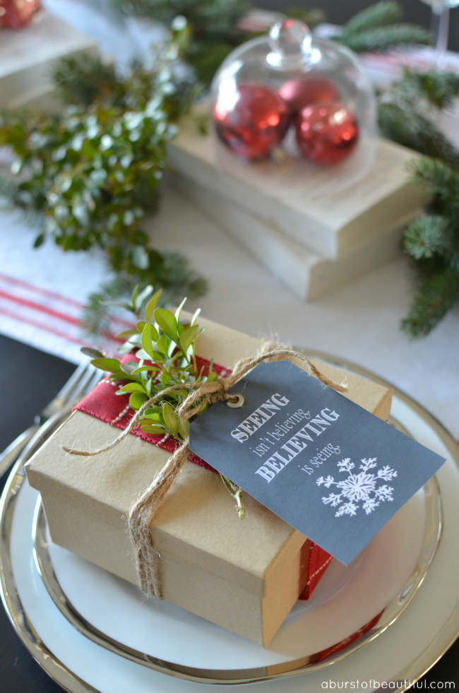 Chalkboard Christmas Tags {FREE Printable}