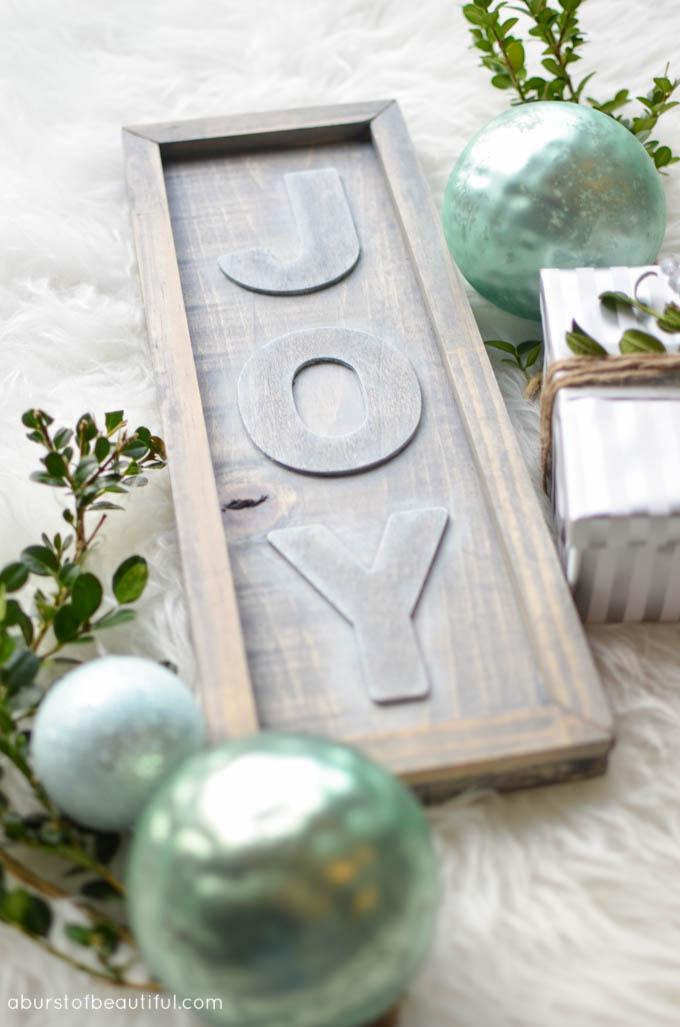 DIY Rustic Joy Sign11
