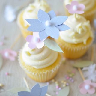 DIY Flower Cupcake Toppers