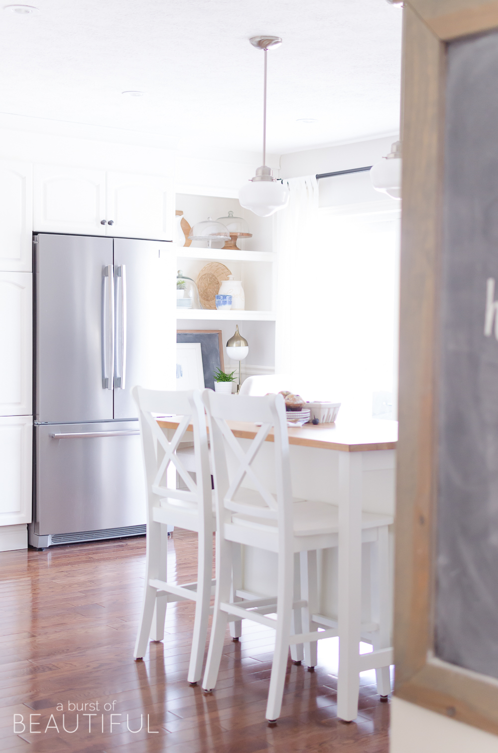 Get the Look | A bright and airy modern farmhouse kitchen.