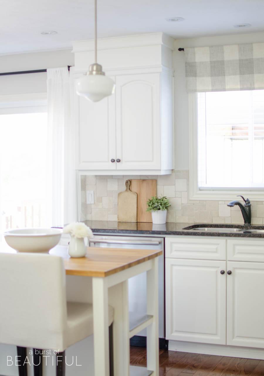 kitchen organization tips - a burst of beautiful