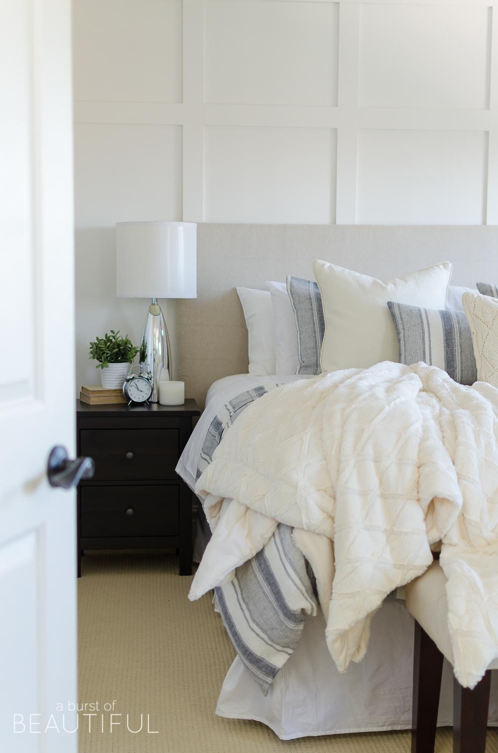 Cozy Farmhouse Master Bedroom Nick Alicia