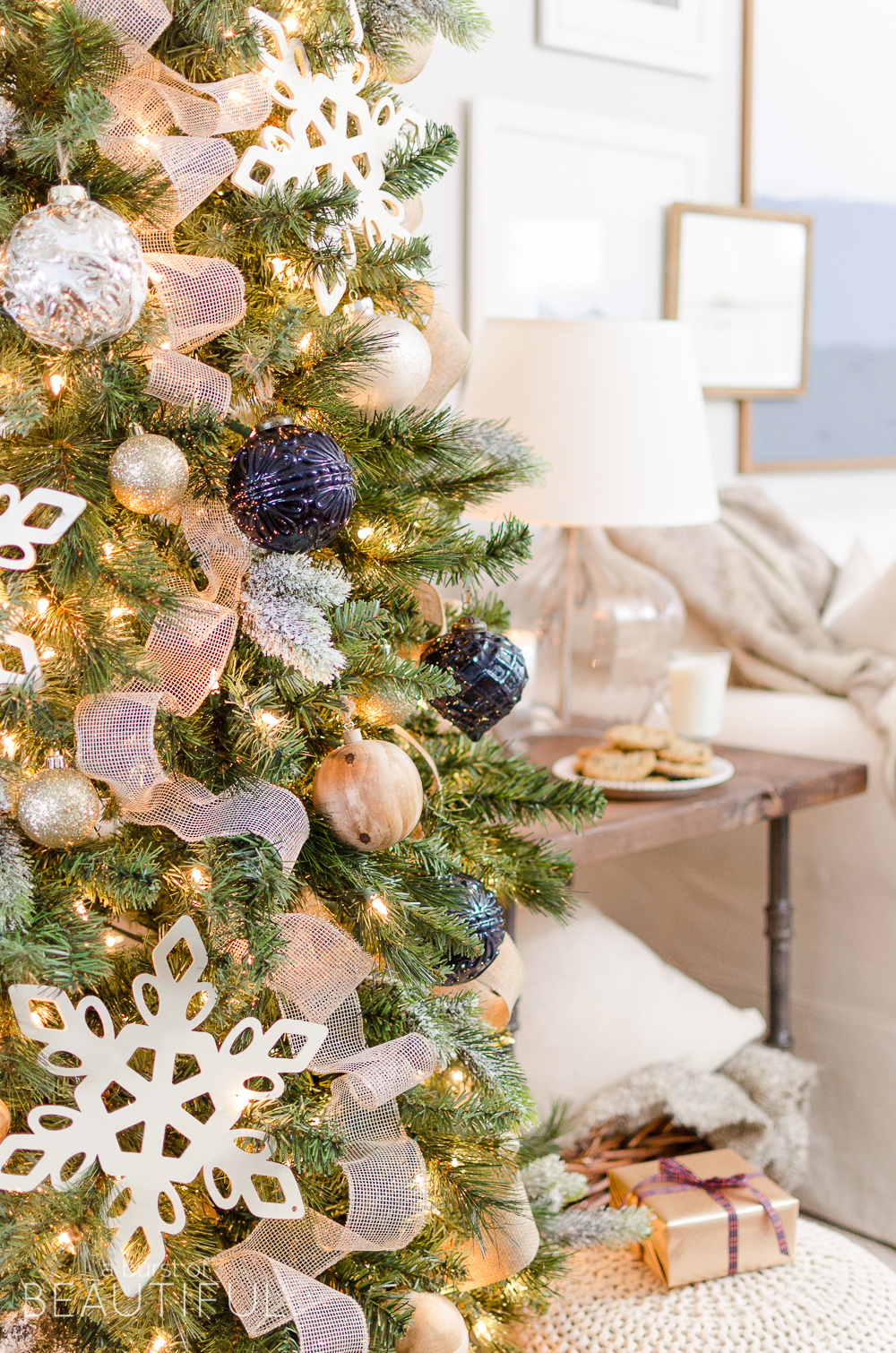 A budget buy can still make a statement. Amazon's top-selling Christmas tree measures a solid six feet tall with plenty of branch tips ready for decorating. Yep, you can find this extravagant.