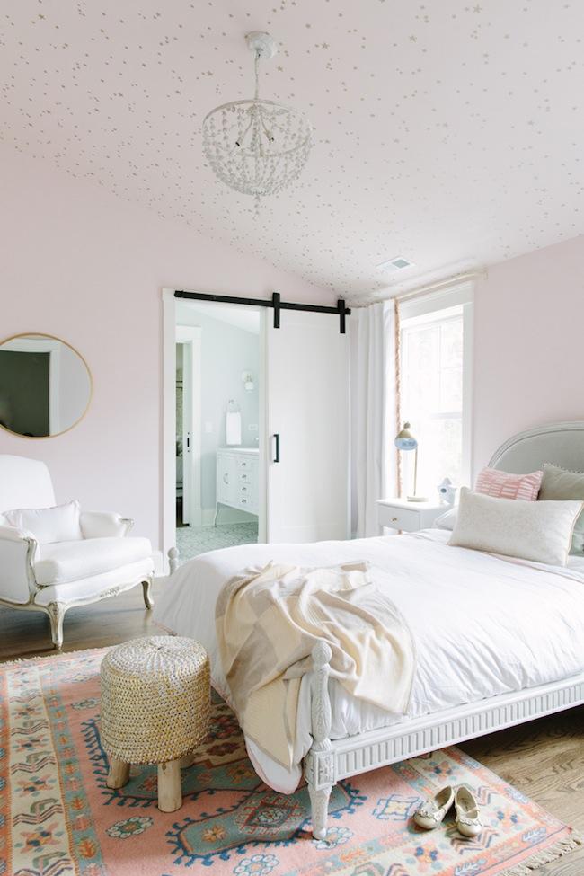 Sweet Feminine Bedroom Inspiration For Girls A Burst