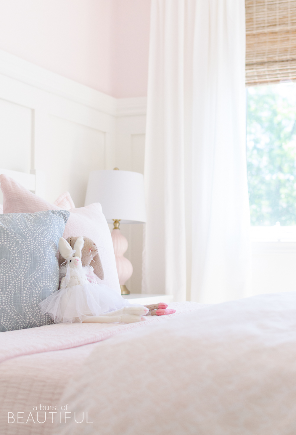 pink bedroom images sweet pink and white s bedroom toddler 12842