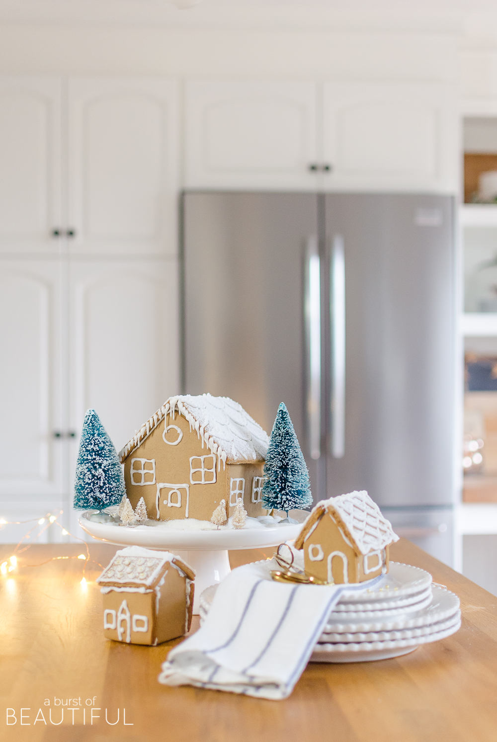 Simple Decorating Ideas for a Festive Christmas Kitchen