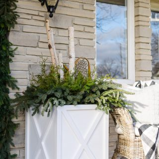 Farmhouse X-Style Planters │Free Plans