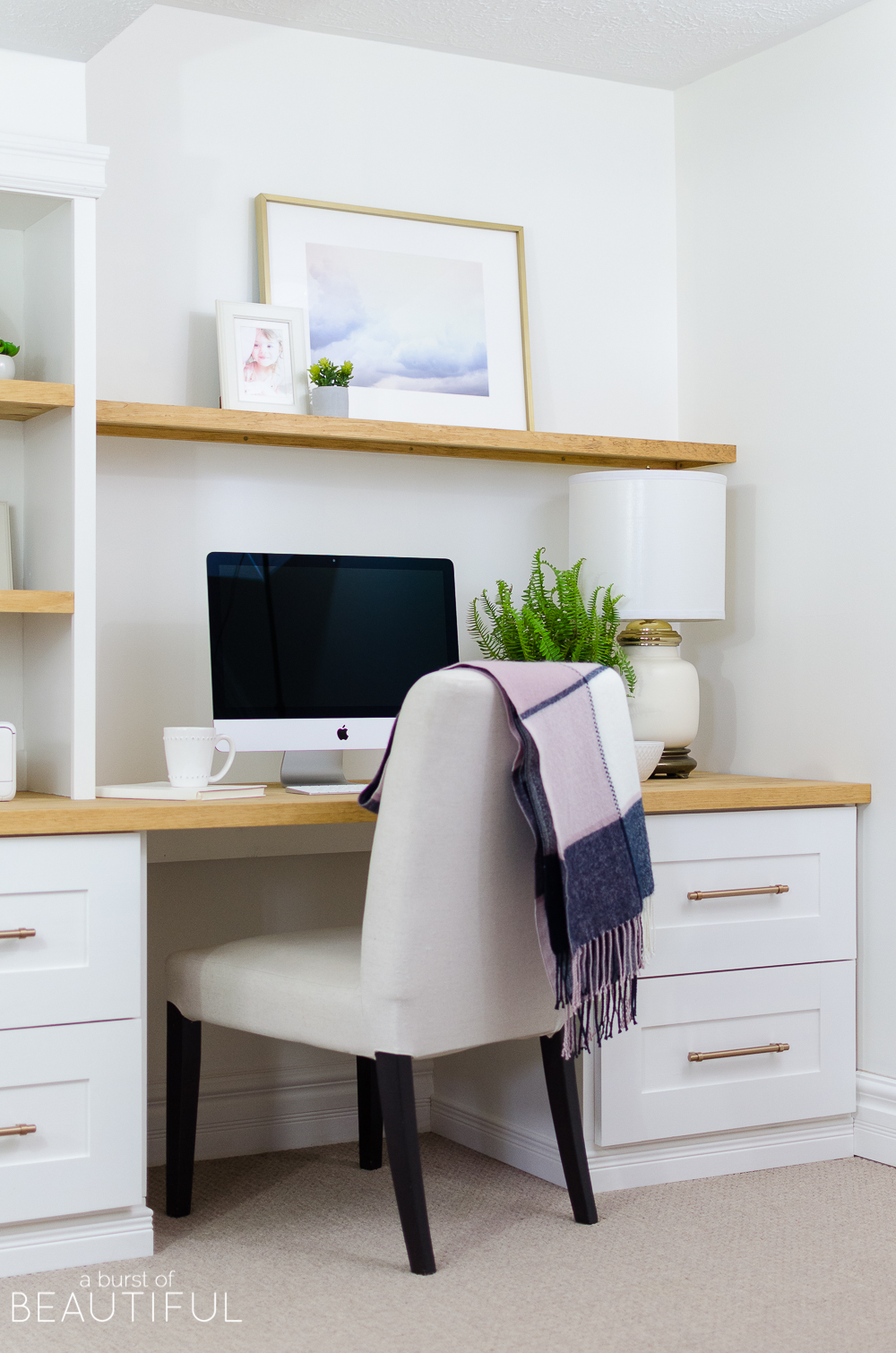 A Diy Built In Office Nook Provides The Perfect Space For Home Or