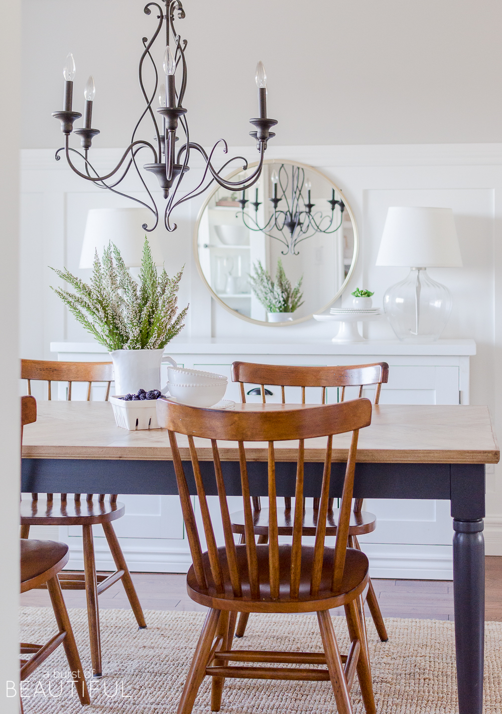 A few subtle changes are all you need to welcome the spring season into your home. Join us on our spring home tour, along with 25 other bloggers to find inspiration and spring decor ideas.