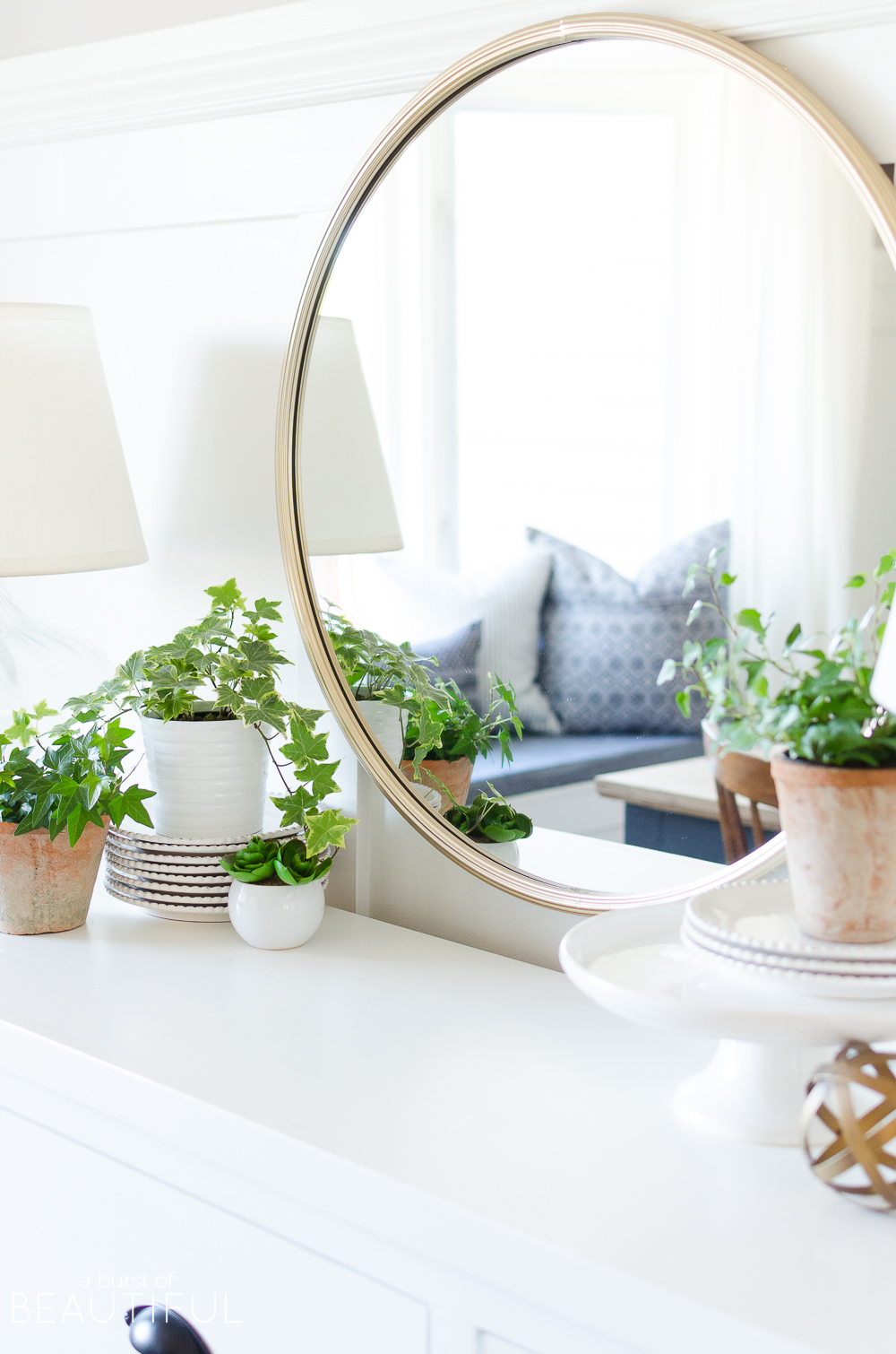 25+ bloggers share their simple spring mantle and vignette decorating ideas