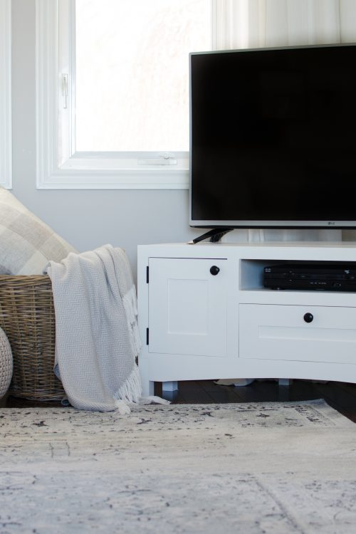 Corner TV Stand | Free Plans