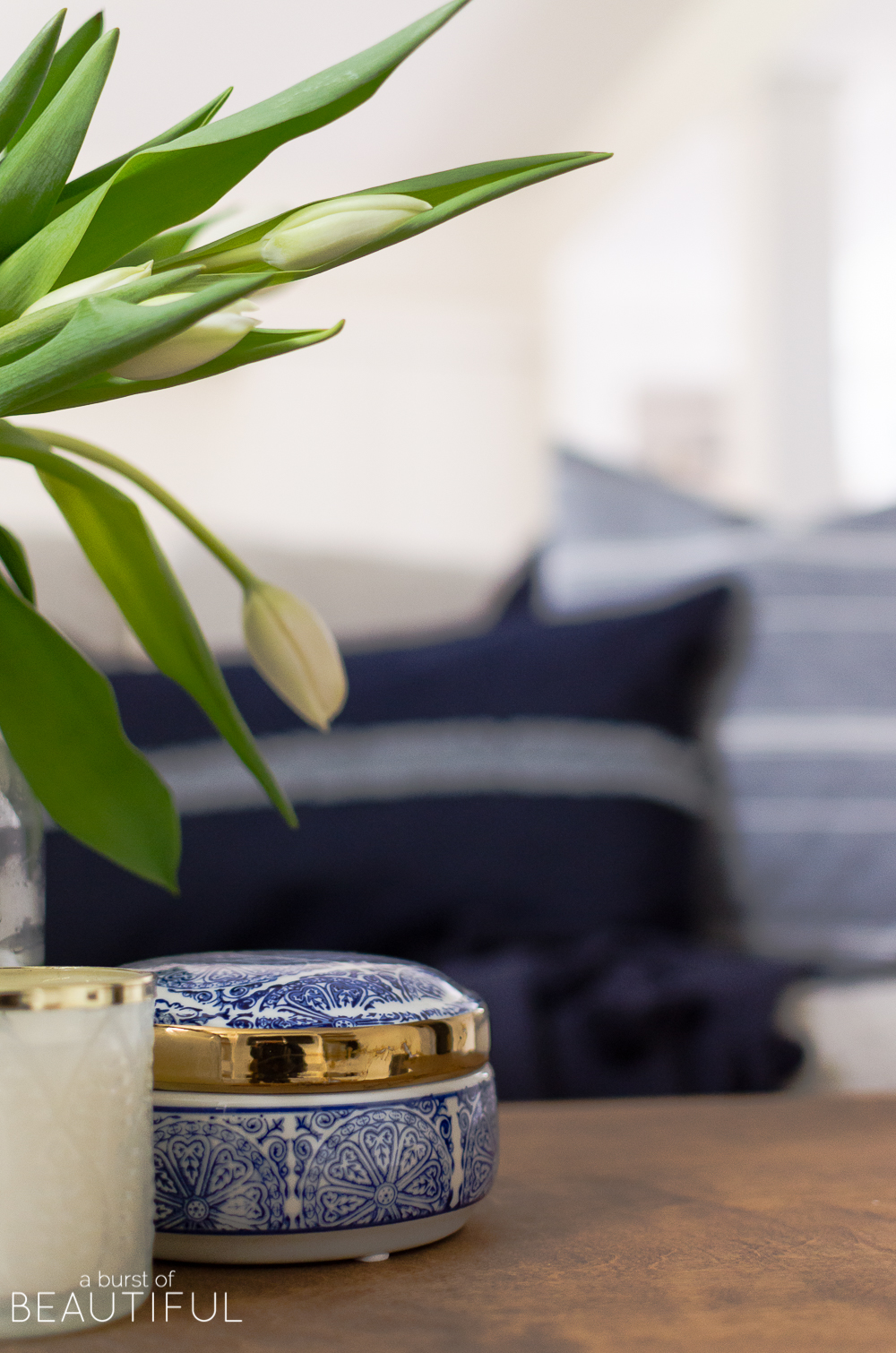 Follow these five simple habits for an organized and productive home.