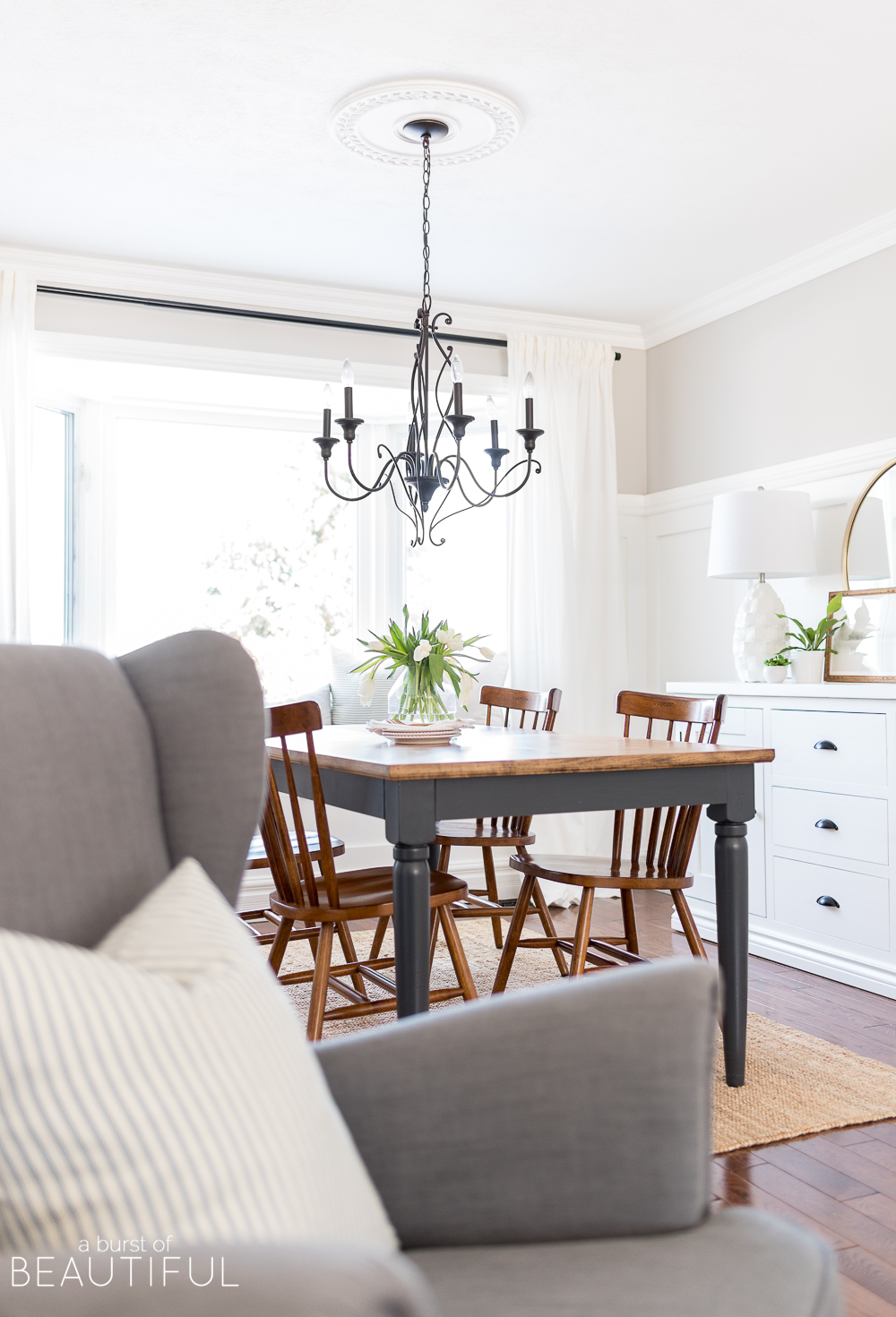 We are sharing 5 easy ways to decorate your home for spring, along with 20+ inspiring spring home tours.