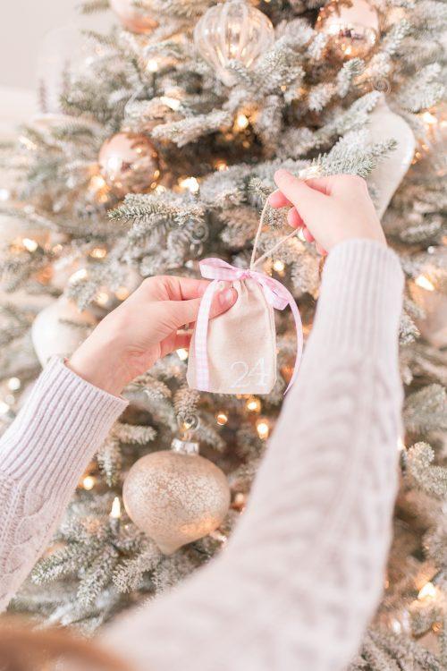 Make Your Own Christmas Advent Calendar