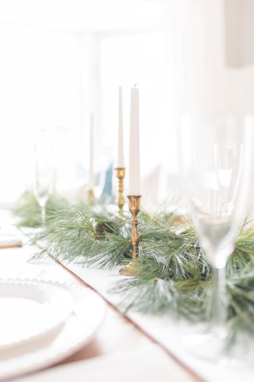 10+ New Year's Eve Tablescapes and Entertaining Ideas