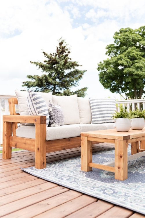 The Perfect Outdoor Sofa | Free Plans